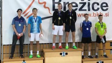 Naši igralci s štirimi medaljami na 1. turnirju do 19 let